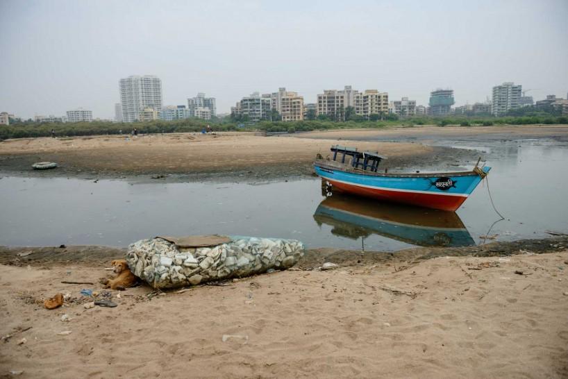 Mumbai : Juhu Beach : October 2012 : Boat