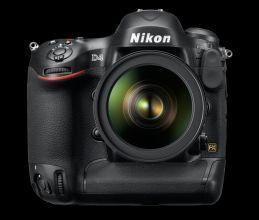 Nikon D4 Front 220