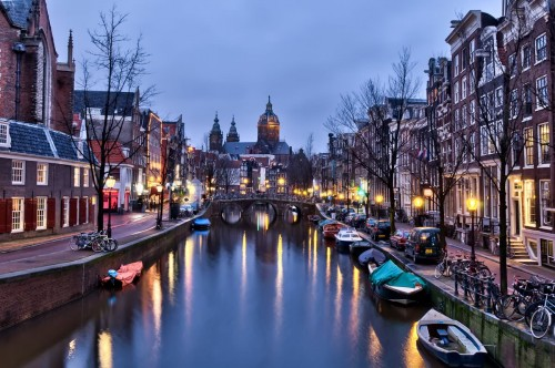 Amsterdam Dec 2011 canal hdr