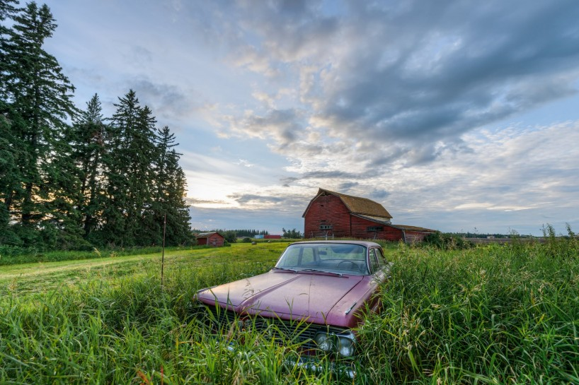 Alberta Visit Aug 2012 : Old Farmhouse and Abandoned Car HDR