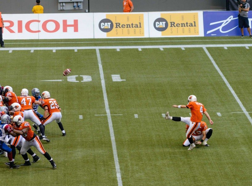 CFL Football : BC Lions vs Montreal Alouettes : Sept 8 2012 : Field Goal
