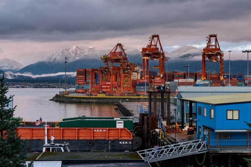 Vancouver : Portside / Crab Park : Vanterm TSI Terminal : 2012-11-21
