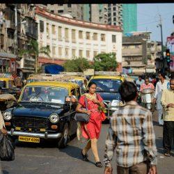 2012 Oct : Mumbai India Visit : Chor Bazaar People Watching 5