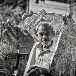 Oct 2012 : Mumbai Visit : Old man and the wagon