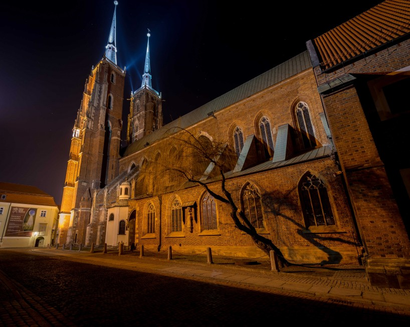 Wrocław, Poland : Cathedral of St. John the Baptist At Night 2 : 2015-02-13