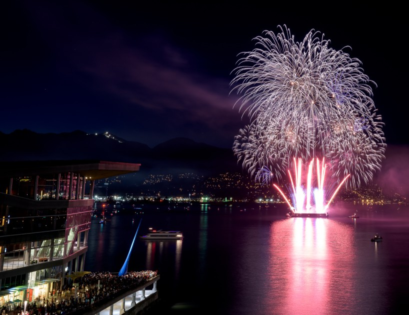 Canada Day Fireworks - Canada Place, Vancouver, BC - 2015-07-01 : 3