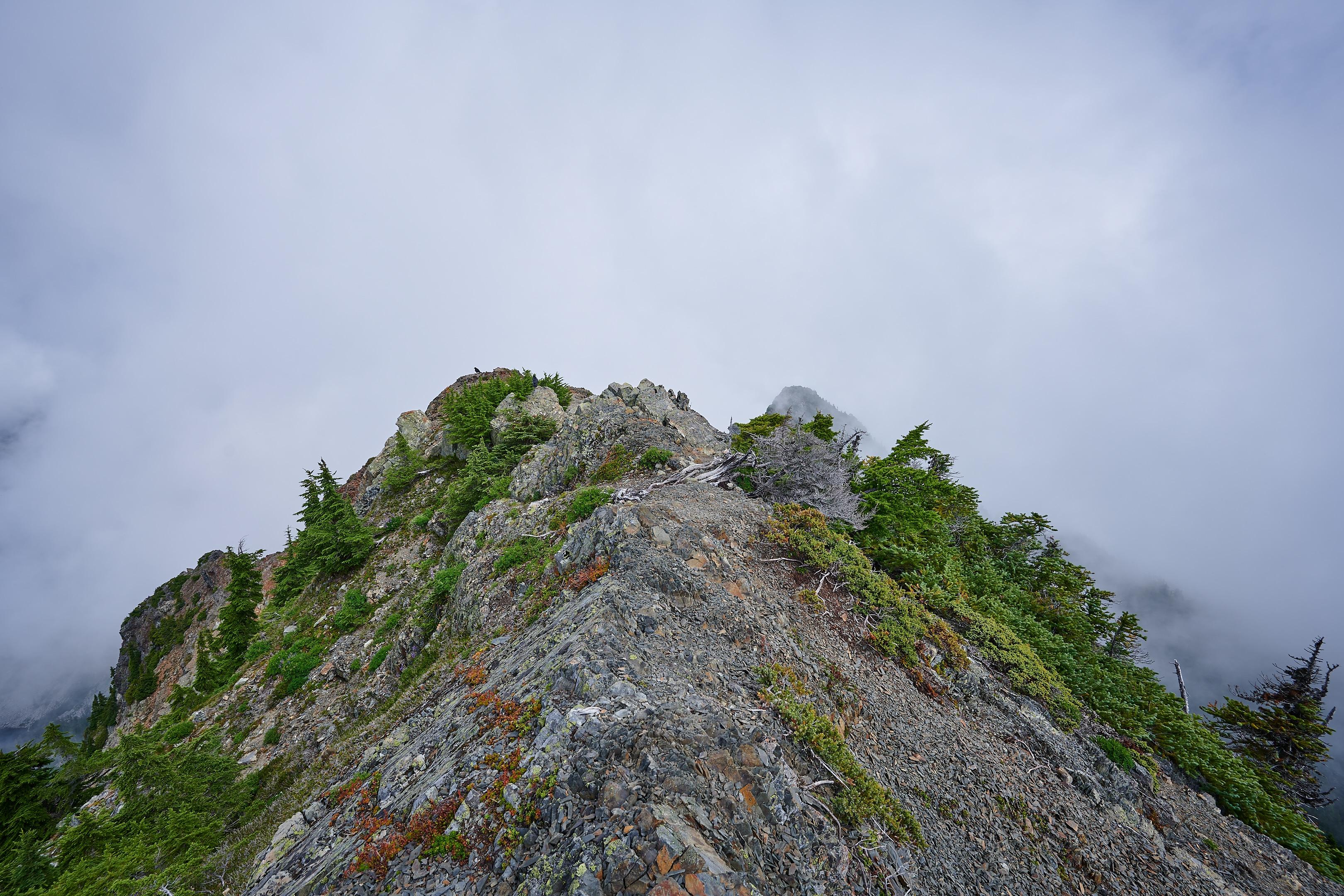 Hiking Brunswick Mountain 51