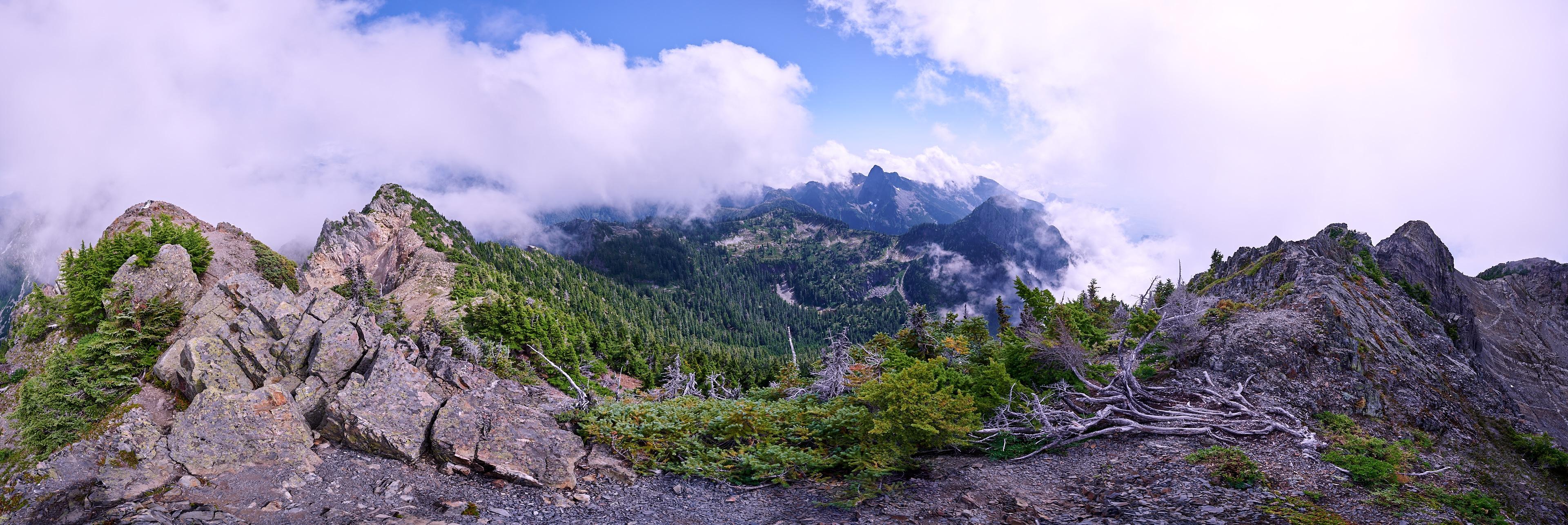 Hiking Brunswick Mountain 57